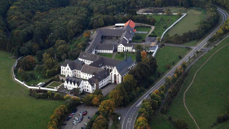 Abtei_Mariawald_010-trekkinglife-Kloster Mariawald