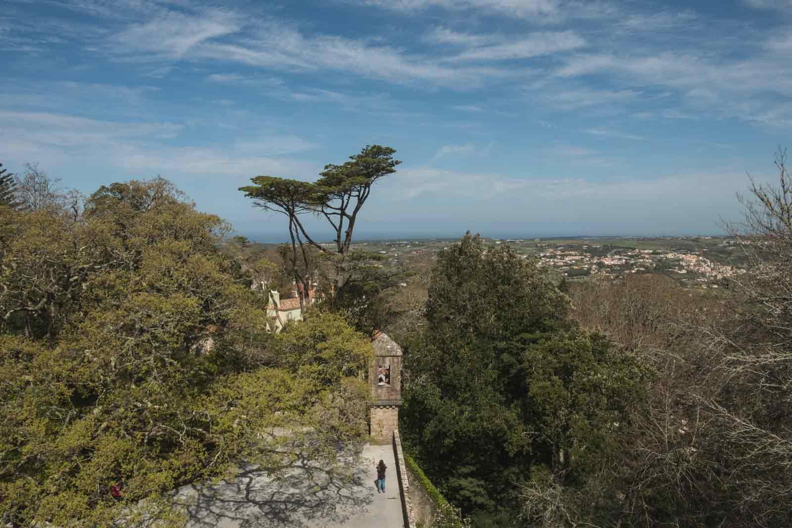 Sintra-Teil-2-quinta-regaleira-park-trekkinglife-04