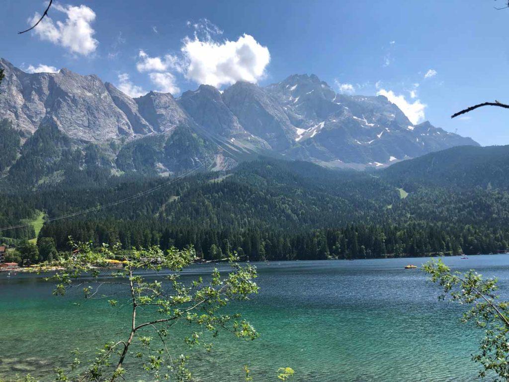 wanderung-auf-die-Zugspitze-Ausblick-Eibsee