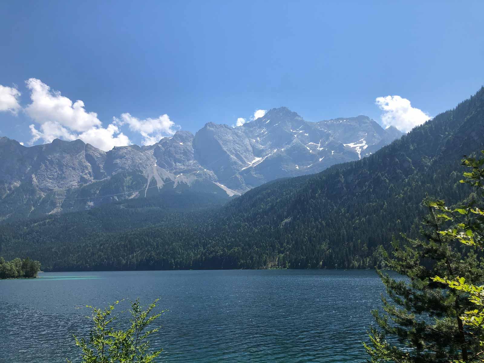 Wanderung Auf Die Zugspitze Hochster Berg Deutschlands Trekkinglife