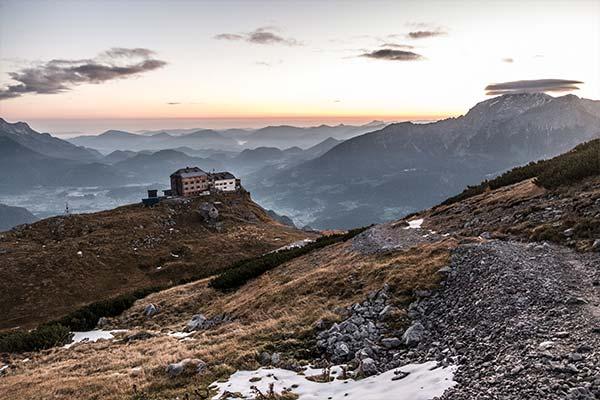watzmannhaus-wandern-alpen-karwendel-hoehenweg-artikel