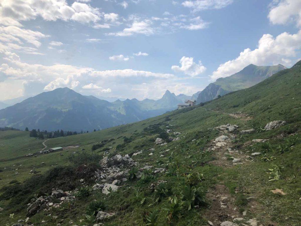 Wanderung über den Lünersee zur Schesaplanahütte (Graubünden - Etappe 3) 16