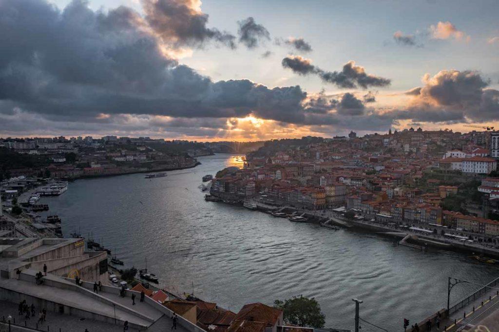 Porto Sehenswürdigkeiten - Ausblick von der Brücke in Porto - Ponte Dom Luis