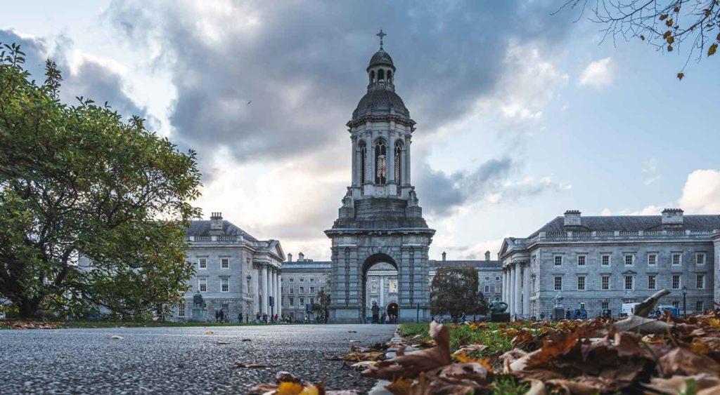 Trinity-College-Dublin-sehenswuerdigkeiten-feature