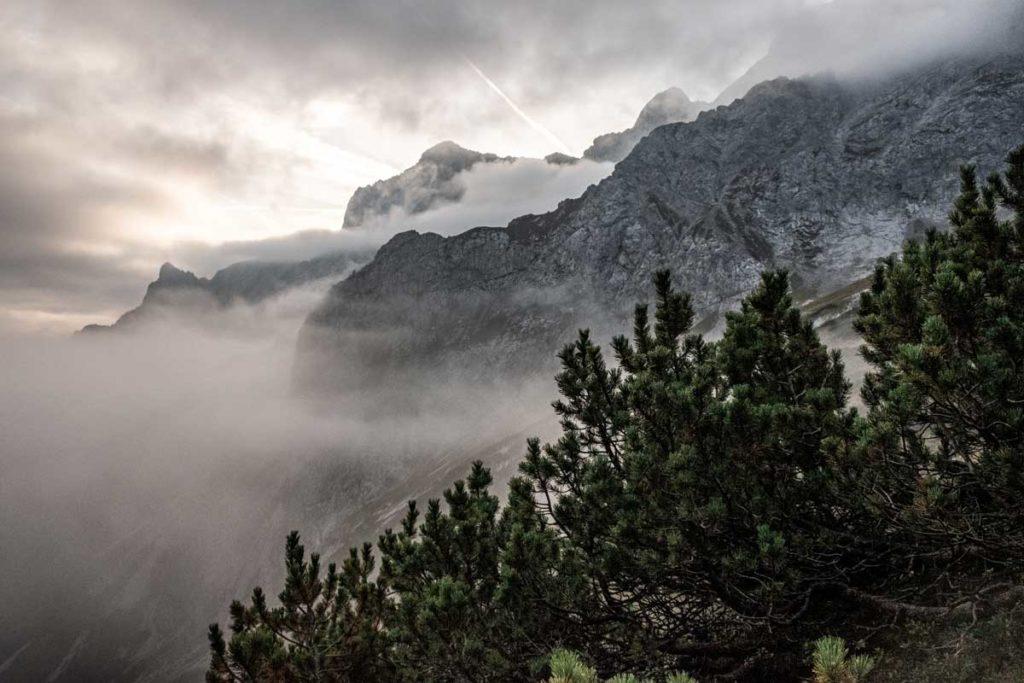 Alpspitzblick auf dem Weg zur Zugspitze