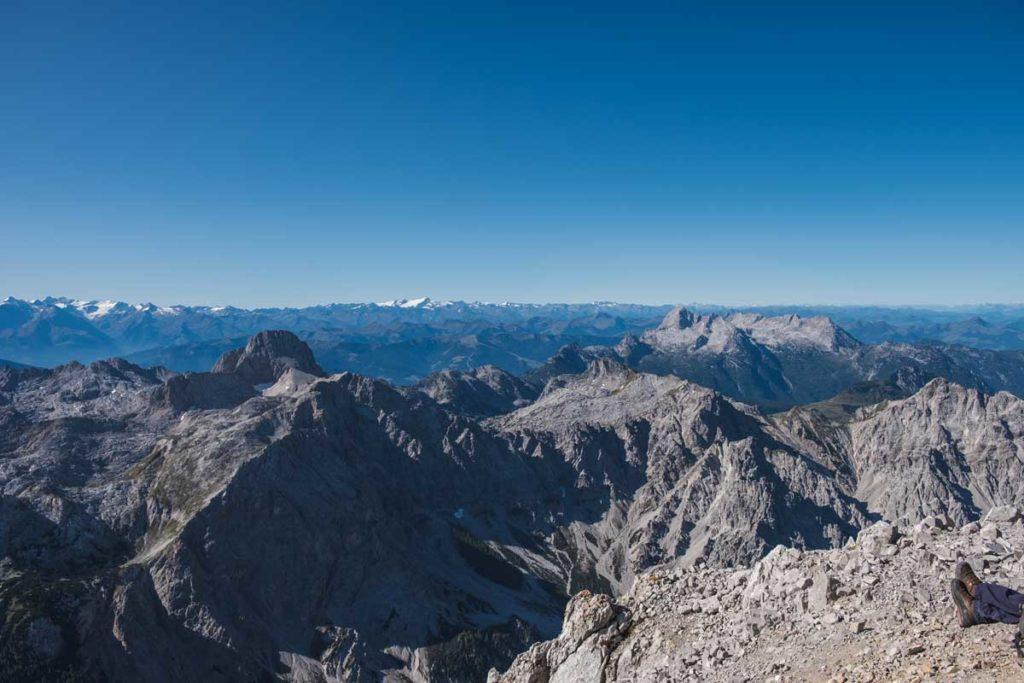 Watzmannüberschreitung - Ausblick von der Watzmann Südspitze bis zum Großglockner und Groß Venediger
