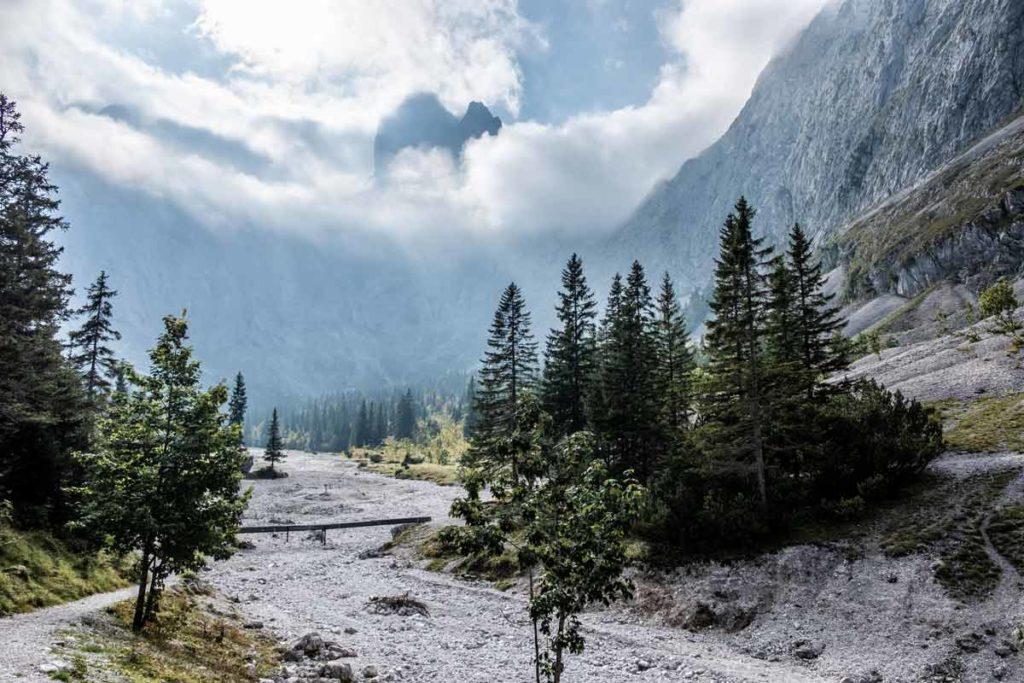 Blick in das Höllental von der Höllentalangerhütte aus