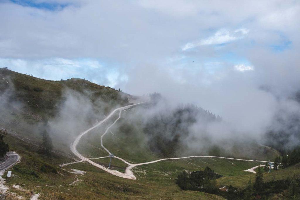 Skigebiet am Jenner an der Bergtation - mit breiten Wirtschaftswegen