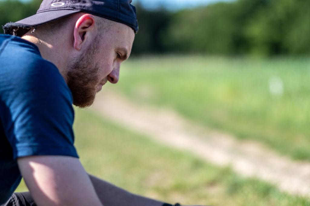 Jannik beim Starten der Drohne