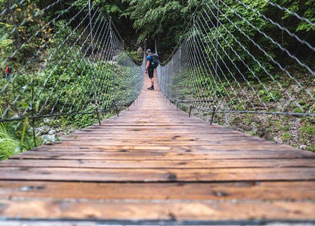 Holzbrücke in der Grießbachklamm