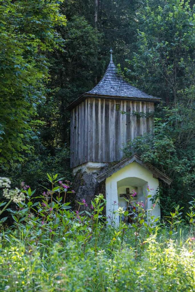 Teufelskapelle - kleine Kapelle im Wald