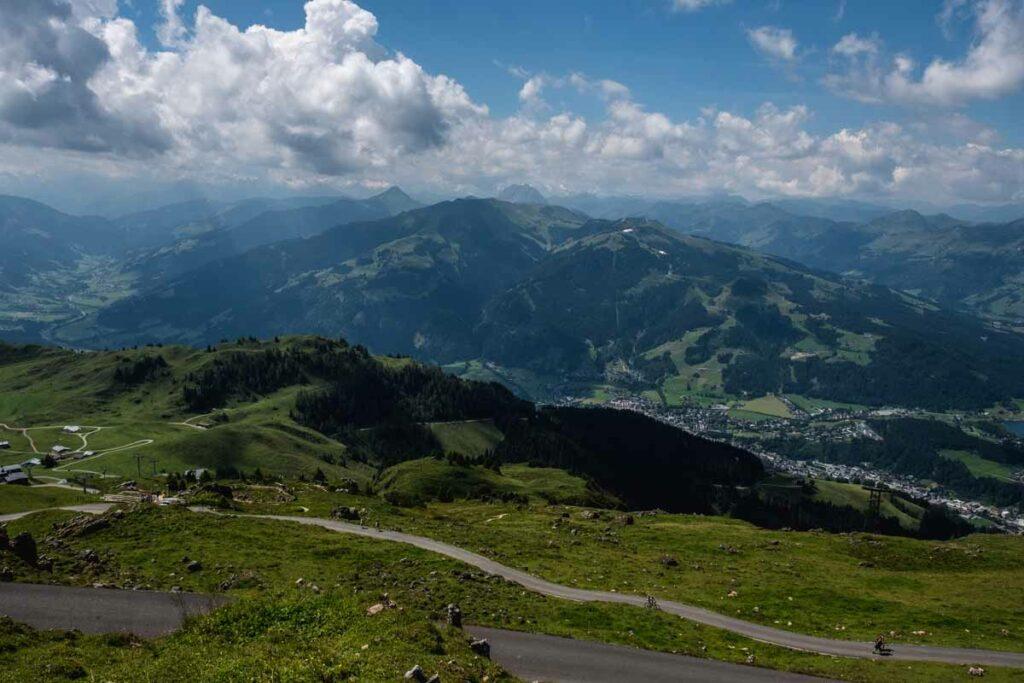 Ausblick vom Kitzbüheler Horn rund um das Skigebiet