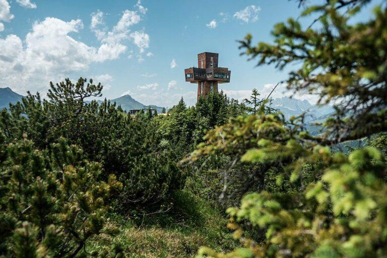 Jakobskreuz auf der Buchensteinwand